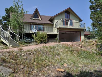 Photo for Ponderosa Pine Cabin with easy access to Lyons, Estes Park, RMNP, and Longs Peak