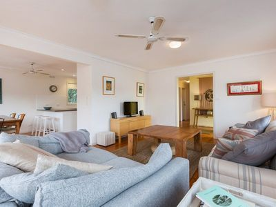 Photo for Erlandsen House - Spacious beach house close to Sorrento Bay beach