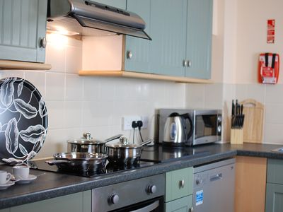 Photo for Family Friendly 4 bedroom apartment close to the town centre