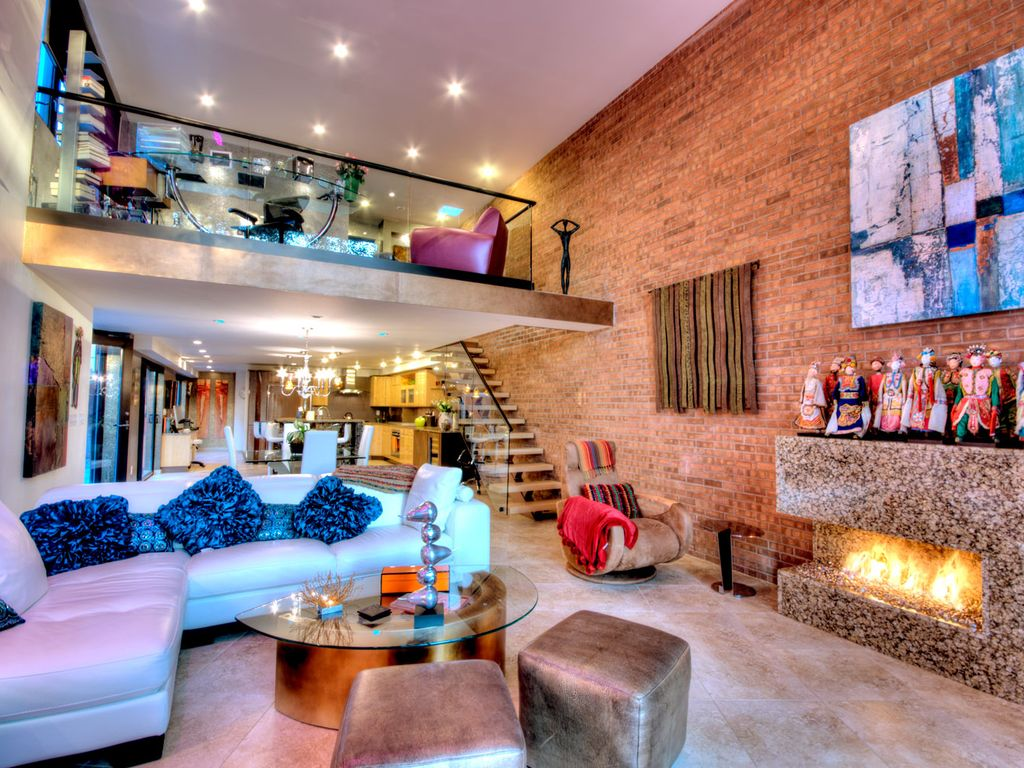 Fabulous Contemporary 2 Bedrooms 3 5 Baths Homeaway