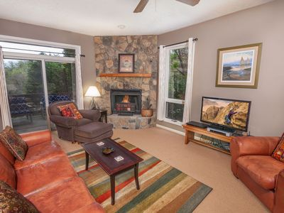 Photo for 2BR Condo at Yonahlossee Inn, Pet Friendly, Club Access, Near downtown Blowing Rock