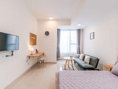 Photo for Corner 1226 - Modern Spacious Room@Saigon Center