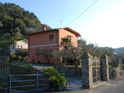 Photo for Casa Colomba Rosa 2 km from Lerici with private parking