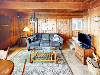 Living Area - Rustic charm abounds at this Oregon Coast home.