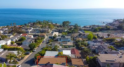 Photo for Charming lower level home with modern furnishings, close to the beach!