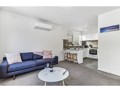 Photo for Spacious apartment within minutes of Acland Street