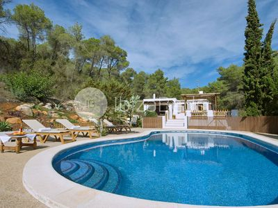 Photo for Private country villa beach and town 6 km away, Wifi, Aircon, swimmingpool