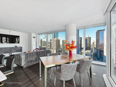 Photo for Comfortable 2BR/2BA Apt in Theater District