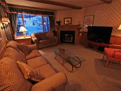 Photo for Snow Flower Condo #62, 3 bedroom, 2 bath, sleeps 10, SKI-IN/SKI-OUT to Park City Mountain Resort