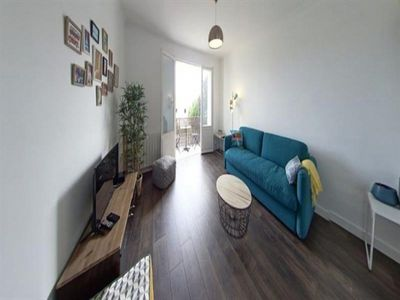 Photo for Apartment Lorient, 1 bedroom, 4 persons