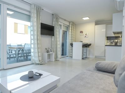 Photo for Delux Duplex Two-Bedroom Apartment with Jacuzzi