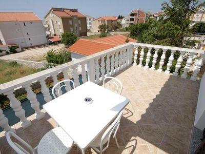 Photo for One bedroom apartment with terrace and sea view Novalja, Pag (A-6524-b)
