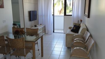 Excellent apartment with side sea view