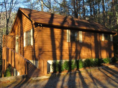 A finer and more private one-couple cabin doesn't exist anywhere.