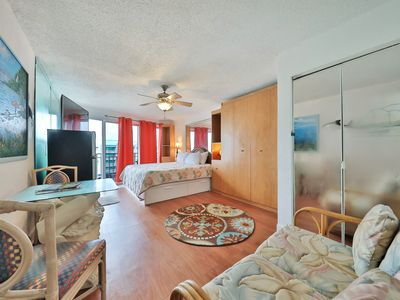 Photo for NEW LISTING! Cozy condo w/shared pool & convenient location - easy beach access