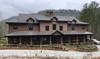 Photo for Make Awesome Memories with family and friends in this Luxury Mountain Lodge!