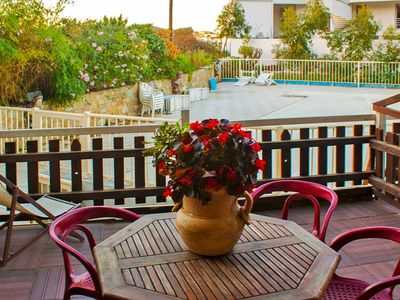 Photo for Lovely apartment for 3 guests with pool, WIFI, TV, balcony, pets allowed and parking
