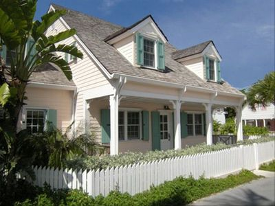 Photo for 4BR Cottage Vacation Rental in Harbour Island