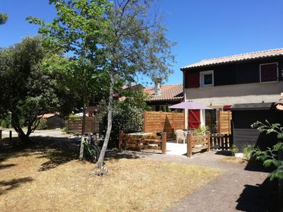 Photo for Renovated house overlooking the golf course + 2 bikes available