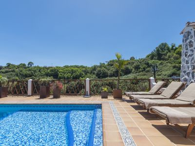 Photo for Holiday cottage with shared pool