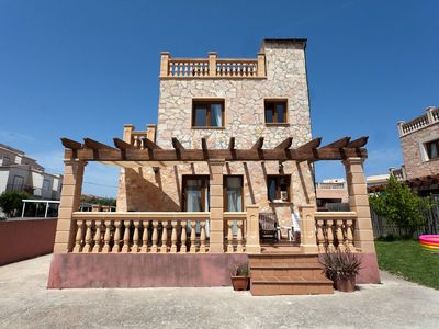 Photo for Charming holiday home with garden - Villa Manuel