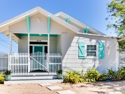 Photo for Newly remodeled, dog-friendly cottage just two blocks from the beach!