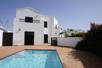 Stunning villa, heated pool, quiet location