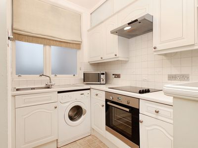 Photo for Air Conditioned Harrod's Knightsbridge One Bedroom Apartment with Free WiFi