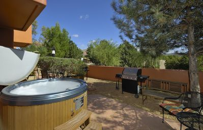 Photo for Vacation Townhome - Hot Tub, Red Rock Views, Pet Fiendly, Walk to Dining/Trails