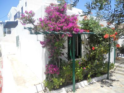 Photo for Charming house between two beaches Platy Gialos and Psarou