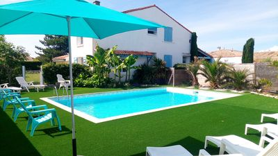 Photo for Large family home with private pool - 13 people