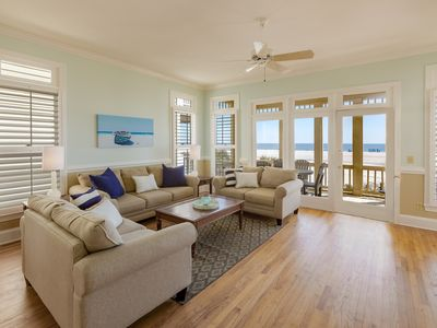 Photo for INQUIRE ABOUT DISCOUNTED RATES FROM NOW UNTIL THANKSGIVING! OCEANFRONT!