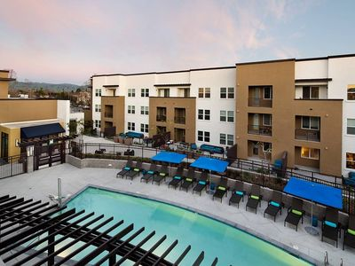 Photo for Marquis 2 Bed and 2 Bath Luxury Apartment Home in San Jose!
