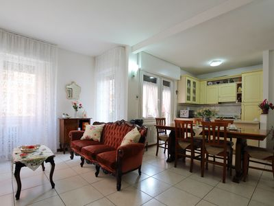 Photo for Comfortable apartment close to Venice bus stop and supermarket