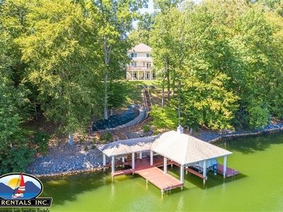 Photo for Edelweiss - 3 Master Bedrooms, Great Dock, Super Location & Pool Table!