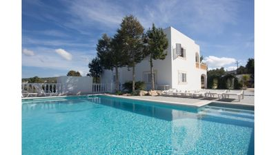 Photo for Villa Can Vincent is a large villa and pool located on the outskirts of San Antonio Bay