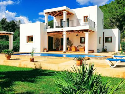 Photo for Villa Palma, in Ibiza, with private pool, 4 bedrooms, it can accommodate up to 7 people.