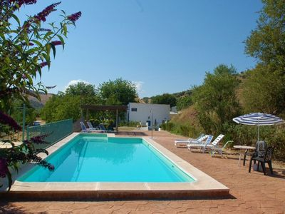 Photo for Detached rural holiday home with communal pool in the fruitful plains of Huétor Tájar, Granada