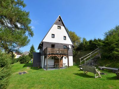 Photo for Detached house with garden and terrace. Sauna and stube with fireplace, 1km of ski lift
