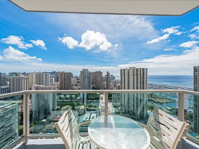 Photo for 33rd Floor RARE Executive Suite  2BR/2.5BA w/kitchen&laundry, Book Now!