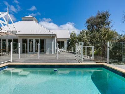 Photo for Perfect Blairgowrie Beach House: pool