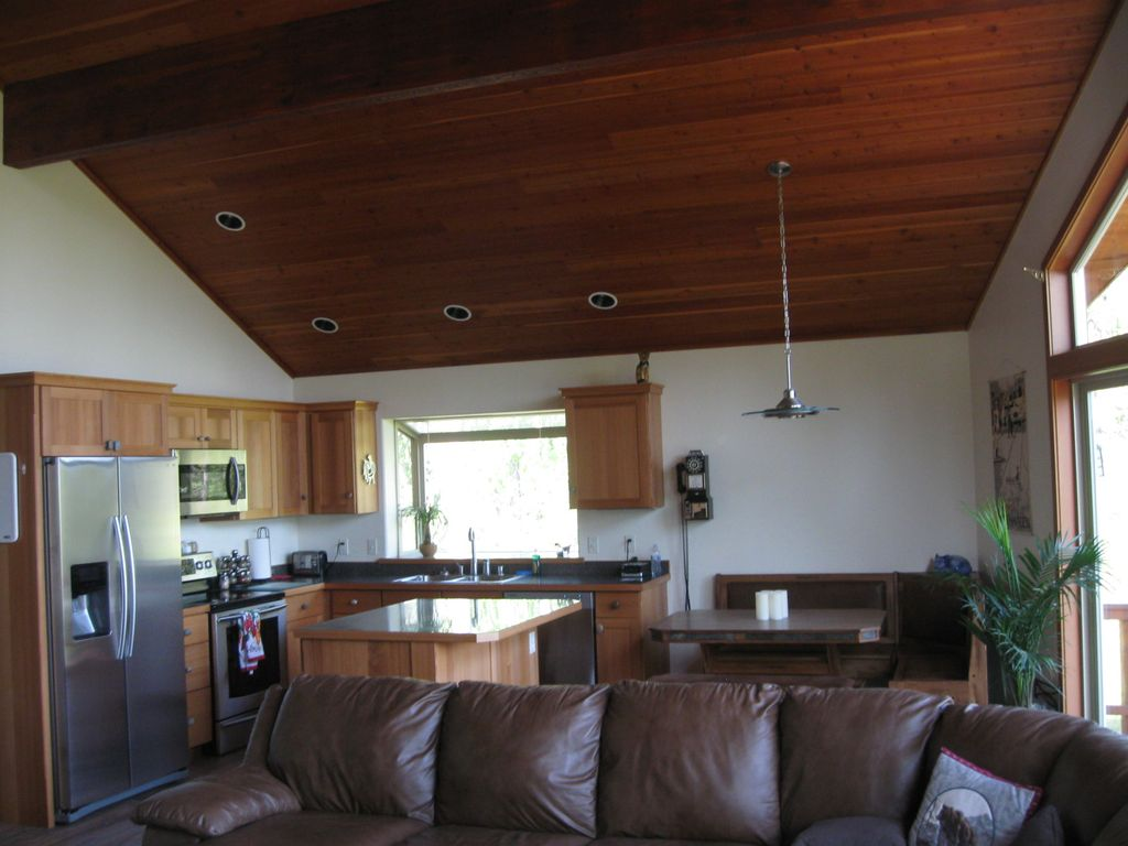 Property Image10 Private Cedar Home Next To Glacier National Park Helicopter Tours And
