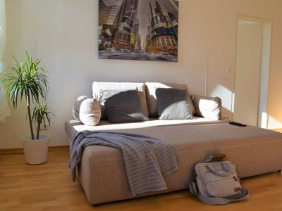 Photo for Spacious flat between city center and Belvedere