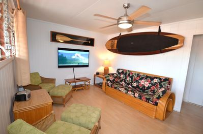 B7 Living Room - LCD Cable TV, DVD player, iPod player, Queen sized sofa bed