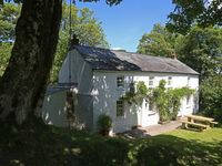Beautiful cottage in lovely private location with quick access to Brecon and the park