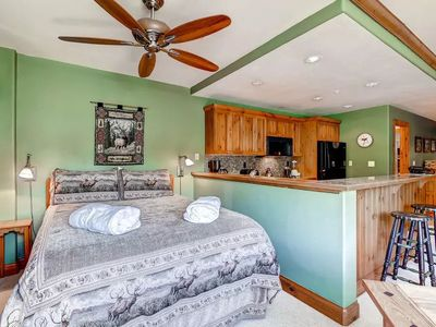 Photo for Cozy Studio + Fireplace | Slopeside Access + Resort Fees Included