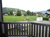 Great for short stays, very comfortable, apartment had everything, shops & ski stop close-by too