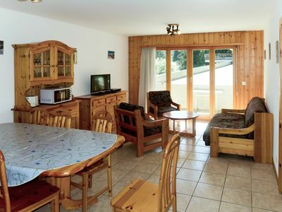 Photo for Lovely apartment for 7 guests with WIFI, TV, balcony, pets allowed and parking