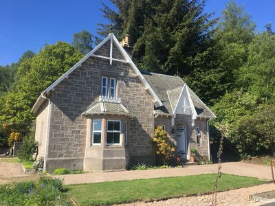 The Kennels traditional sandstone cottage built in 1871 as the gamekeepers lodge