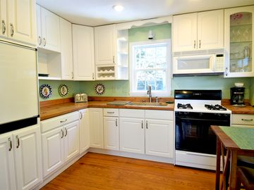 Charming One Bedroom Carriage House in Beaufort Historic District